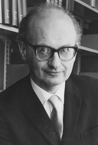 Imre Lakatos (1922-1974)