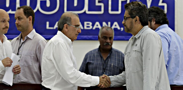 Inician diálogos de paz con las FARC