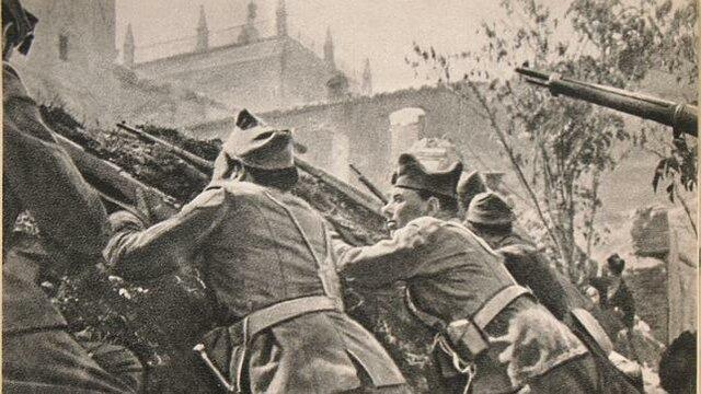 El general Francisco Franco decide destinar una importante parte de sus fuerzas para liberar a los rebeldes asediados en el Alcázar de Toledo. Franco concentra el poder entre los sublevados: es designado generalísimo y jefe del gobierno