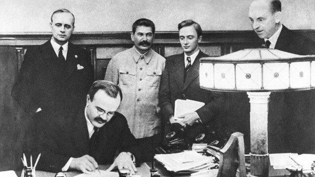 Pacto Ribbentrop-Molotov