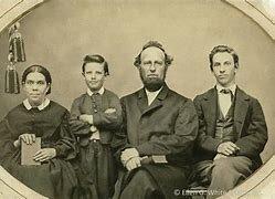 En 1860 nace el cuarto hijo de la familia John Herbert White