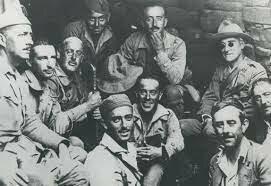 Desembarco de legionarios y regulares al mando de Franco (5 agosto).
