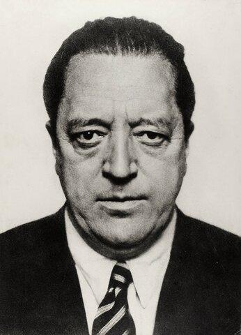 Mies van der Rohe (1886− 1969) - Exposición Internacional de Barcelona