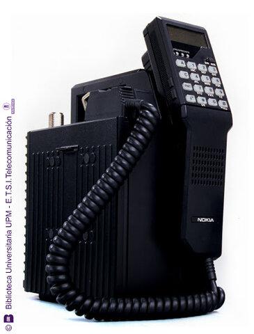 Nokia lanza su Mobira Talkman