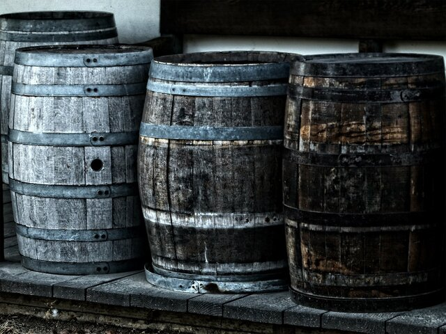 Botas y Barriles de madera