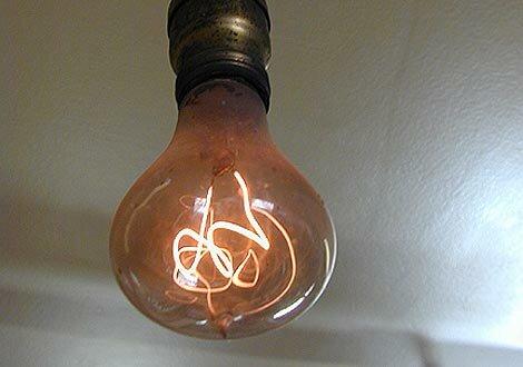 La lámpara incandescente