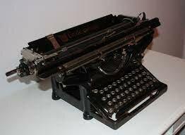 Aparece maquina de escribir manual