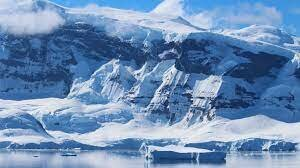 Antartica is Discovered