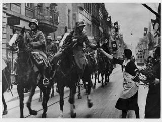 Primera acción militar de Hitler: tropas alemanas ocupan región de Renania