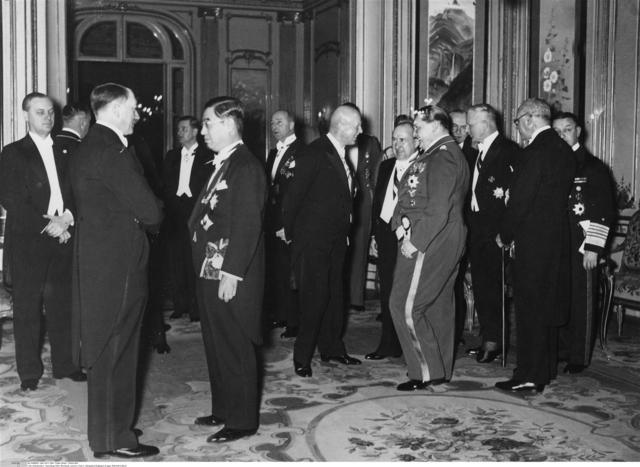 Alemania y Japón firmaron el llamado Pacto Antikomintern