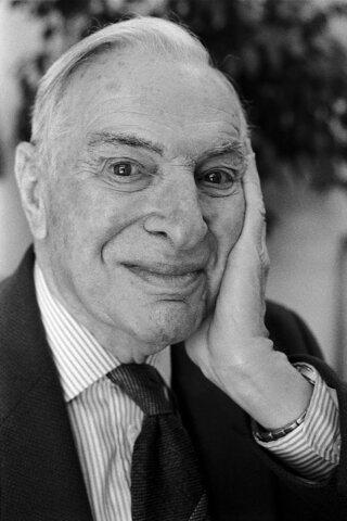 """Modelo económico de """"aprendizaje práctico"""" de Kenneth Arrow"""