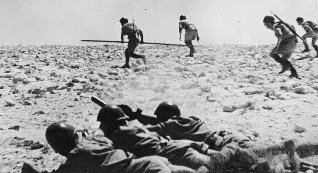 Inglaterra derrota a Alemania en la segunda batalla de El Alameín.