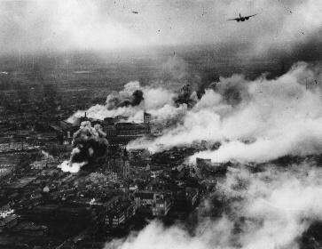 Bombardeo de las fábricas de Philips en Eindhoven