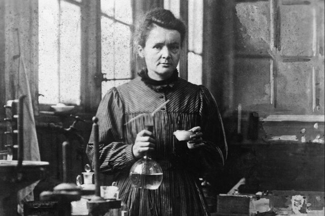 1.895 Marie Curie