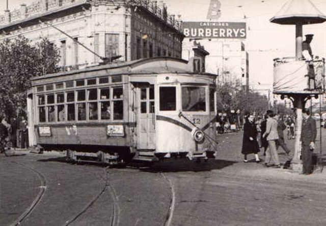 Inauguración de una línea de tranvías