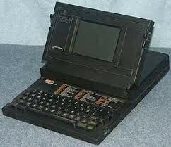 Ordenador Portátil (Laptop)