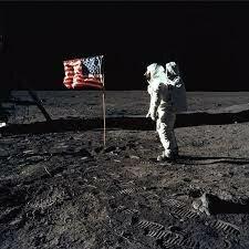 Arribada a el home a la lluna