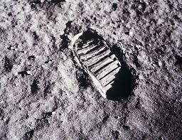 Primera pisada a la luna