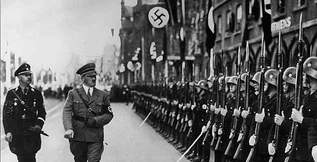 Los alemanes lanzan una ofensiva final en el oeste