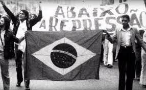 Regreso a la democracia( Brasil)