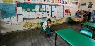 MEX. Programa para abatir el rezago educativo