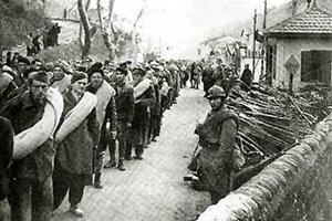 Las tropas franquistas lanzan una ofensiva contra Cataluña.