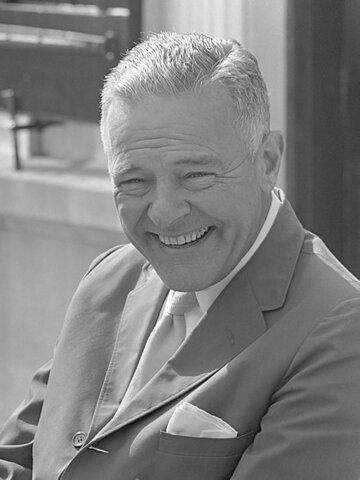 Henry Cabot Lodge Jr. (1902-1985). - Senador Republicano.