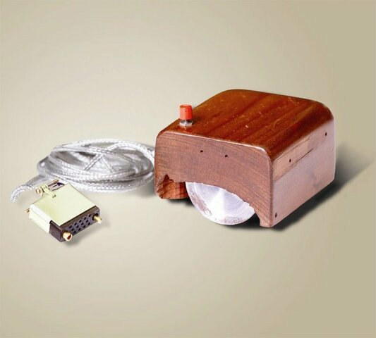 Douglas Engelbart builds the first mouse prototype.