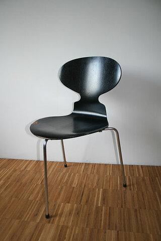 Muebles y objetos escandinavos: Silla Hormiga (Arne Jakobsen)