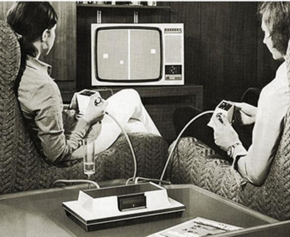 Primera videoconsola de consumo y videojuego exitoso