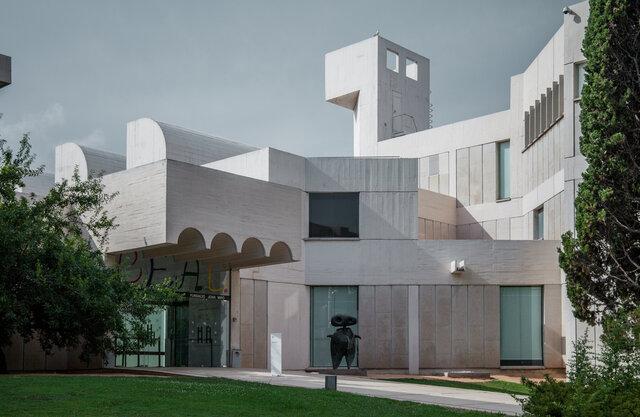 Josep Lluis Sert. Fundació Miró (edifici)