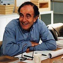 Vico Magistretti(1920-2006)