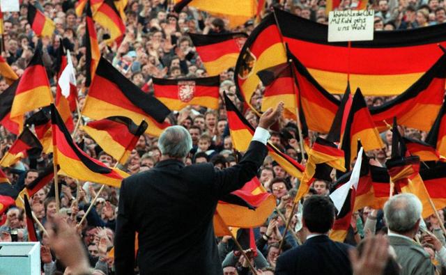 Discorso di Kohl a Germania e accettazione dei referendum