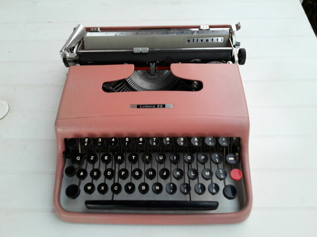 Lettera 22 Olivetti
