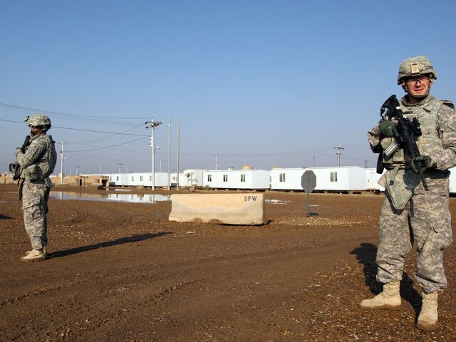 U.S. and Britain launch air strikes against weapons sites in Iraq