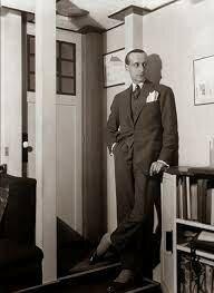 Robert Mallet-Stevens. (1886-1945).