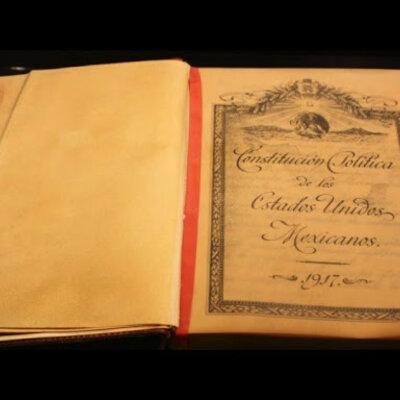 Principales momentos comprendidos en las etapas de creación, desarrollo y consolidación de nuestra constitución. timeline