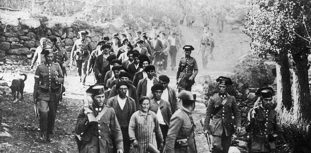 Franco reprimió la revolución de Asturias