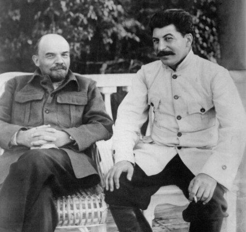 Lenin muore
