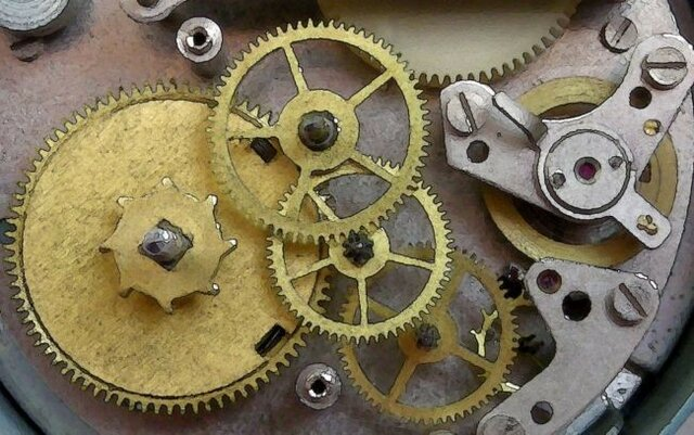 El reloj mecánico