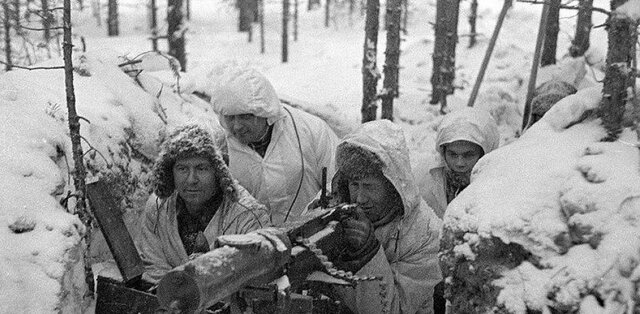 Rusia invade Finlandia