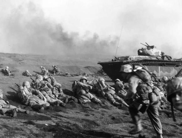 Battaglia di Iwo Jima tra USA e Giappone