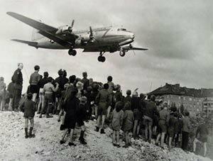 Bloqueig de Berlín (24 de juny de 1948 – 12 de maig de 1949)