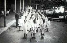 La educacion para el trabajo J. Bautista Alberdi