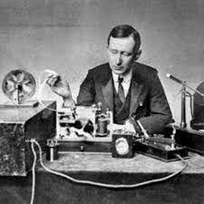 Primera transmision de radiotelefonía de larga distancia