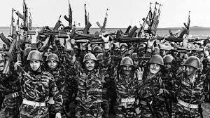 1967 Israel derrota Egipto ,Siria,Jordania en la guerra de los seis días la cumbre de Glassboro plantea la detente para disminuir las tensiones entre las superpotencias