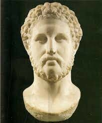 Alessandro diventa Re