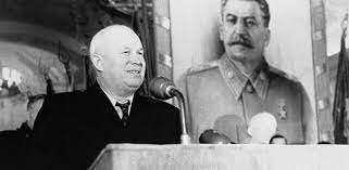 Muerte de Stalin y entrada de Khrushchev