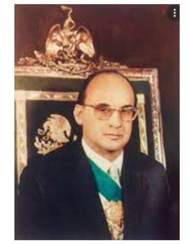 DEC 1, 1970 Luis Echeverría asume la presidencia de México