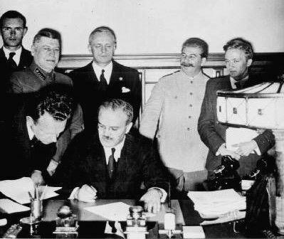 Molotov Rippentropi Pakt (MRP)